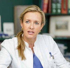 Oberärztin Dr. Margret Alm