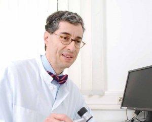 Leitet die Eduard-Arning-Klinik für Dermatologie und Allergologie der Asklepios Klinik St. Georg: Prof. Dr. Christian Sander
