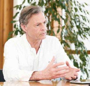 Prof. Dr. Joachim Schofer im Gespräch