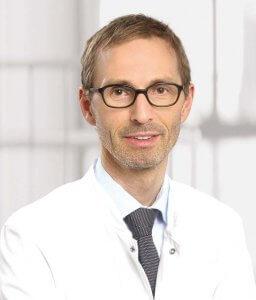 Prof. Schrader wendet das neue Verfahren Rezum zur schonenden Verkleinerung der Prostata an